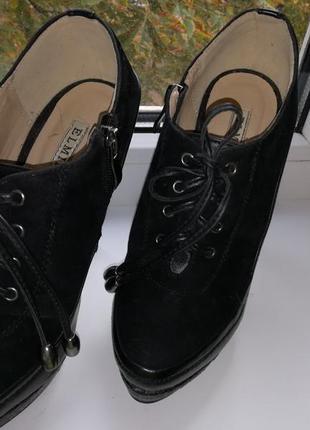Супер осенние ботинки на высоком каблуке