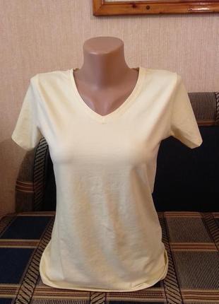 Новая трикотажная футболка светло-желтого цвета размер м германия