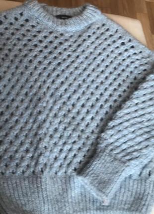 Шикарный вязанный фирменный свитер