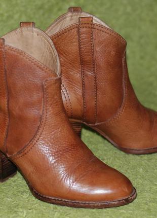 Ботинки-полусапожки massimo dutti