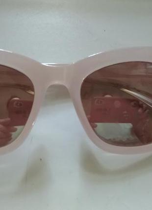 Солнцезащитные очки в розовой пластиковой оправе zara1 фото