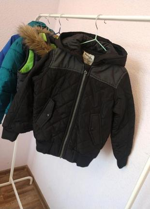 Стильна курточка бомбер, стильная курточка бомбер