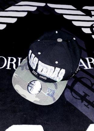 Крутой снепбек снэпбэк кепка бейсболка с прямым козырьком для рэперов joy cap