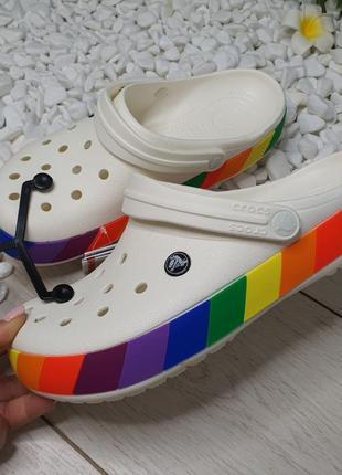 🌈 crocs