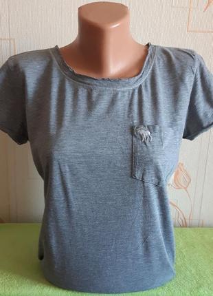 Фирменная серая футболка abercrombie &fitch made in vietnam, 💯 оригинал, молниеносная отправка 🚀⚡