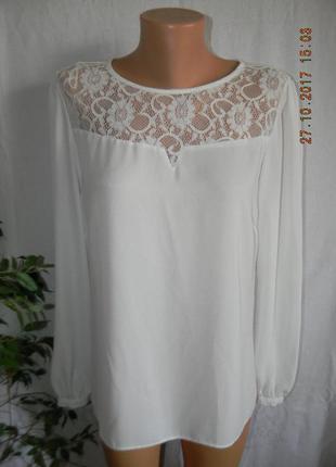 Белая нарядная блуза с кружевом.большой выбор одежды разных размеров.