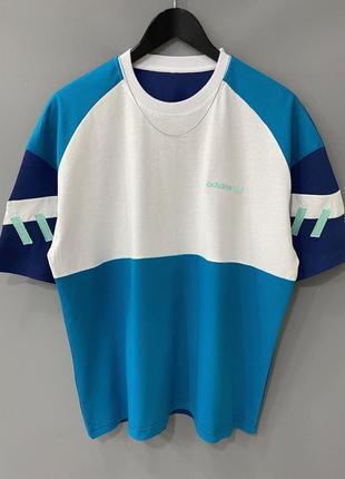 Шикарная футболка adidas(оверсайз)