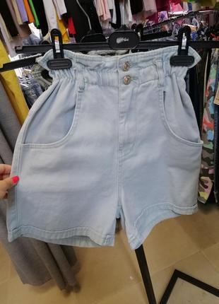 Джинсовые шорты с высокой посадкой и резинкой