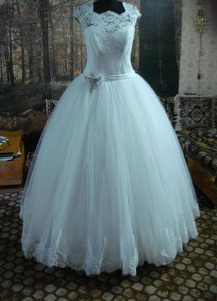 Свадебное платье 56р