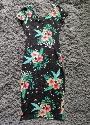 Цветочное платье миди по фигуре, платье в цветочек