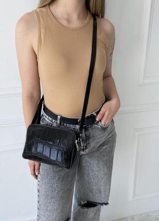 Женская кожаная итальянская сумка  на через плечо vera pelle под крокодила кросс-боди жіноча шкіряна сумка чорна італія