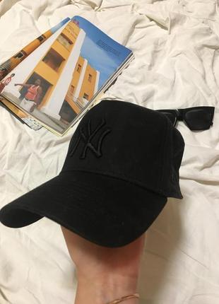 Оригинальная кепка new era