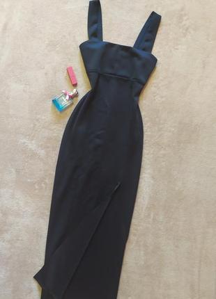 Шикарное плотное чёрное вечернее платье в пол с разрезом на ножке