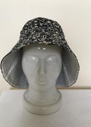 Льняная летняя шляпа с цветочно-птичьим принятом