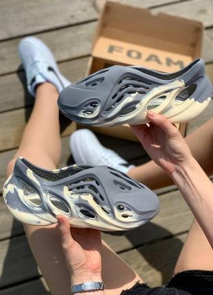 Босоножки adidas yeezy foam