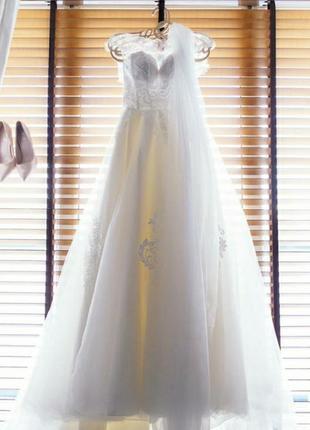 Свадебное платье royal wedding.