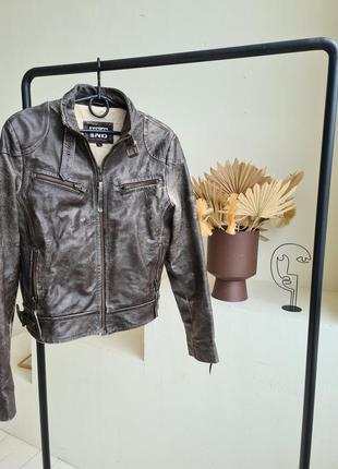 Куртка кожанная, косуха, ганстрерская, байкерская куртка. бренд yes or no