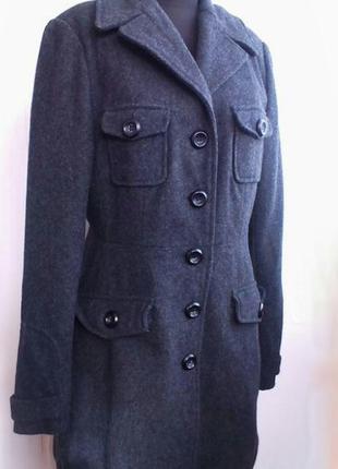 Шерстяное демисезонное пальто бушлат