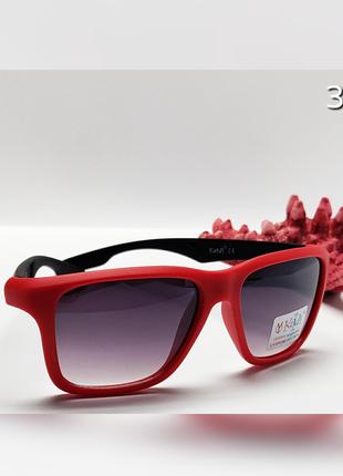 Детские очки в красной матовой оправе с защитой уф400