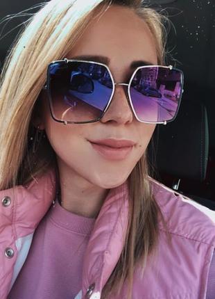 Зеркальные очки солнцезащитные ferragamo