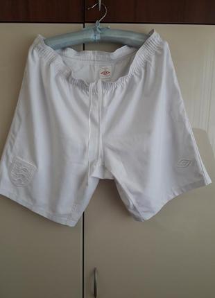 Фирменные шорты umbro(оригинал, англия)