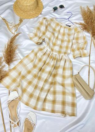 Ніжна сукня в клітинку з об'ємними рукавчиками від boohoo