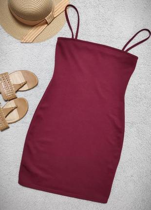 Бордовое мини платье prettylittlething, xs-s