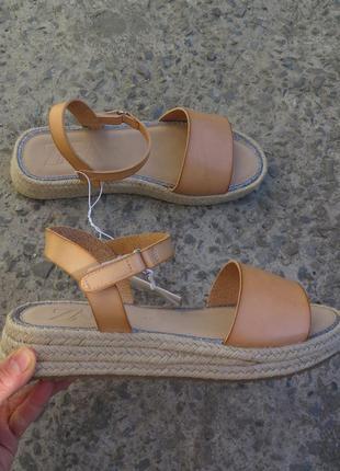 100% кожа новые женские сандали zara 37 босоножки zara