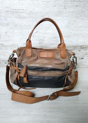 Liebeskind berlin роскошная сумка ( удобная и вместительная ) комбинированная