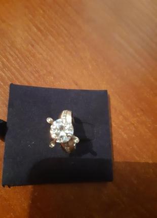 Шикарное кольцо, цирконий, алмазная огранка, 17 размер по ремонт