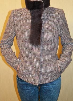 Шерстяной пиджак с меховым воротником жакет roberto cavalli