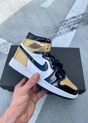 Nike air jordan retro 1 patent кроссовки найк аир джордан наложенный платёж купить