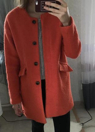 Pull&bear морковное пальто