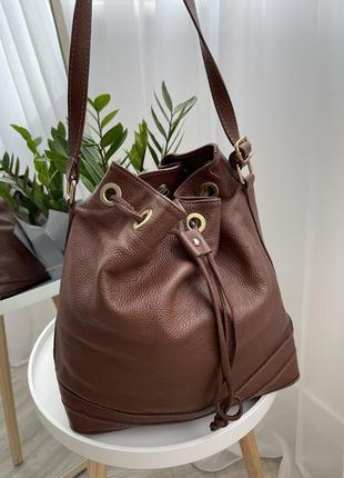 Европа🇪🇺 италия. кожа. классная фирменная качественная сумка-мешок