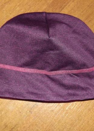 Легкая спортивна шапка tcm tchibo