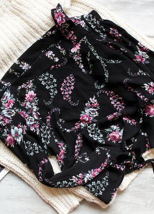 Блуза красивой расцветки atm