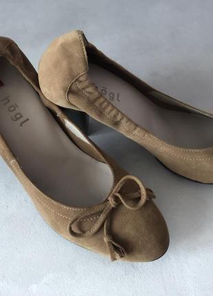 """Туфлі відомого австрійського бренду """"hōgl"""""""