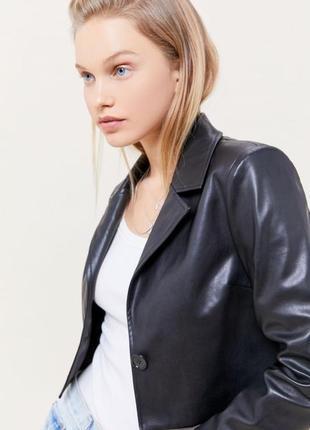 Новый пиджак h&m эко кожа кожаный чёрный укороченный