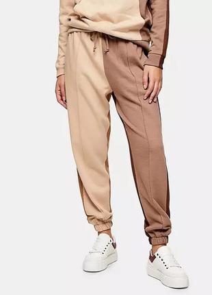 Новые трендовые спортивные брюки джоггеры в стиле колор блок