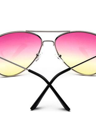 Солнцезащитные очки-авиаторы линза розово-желтый градиент в серебре3 фото
