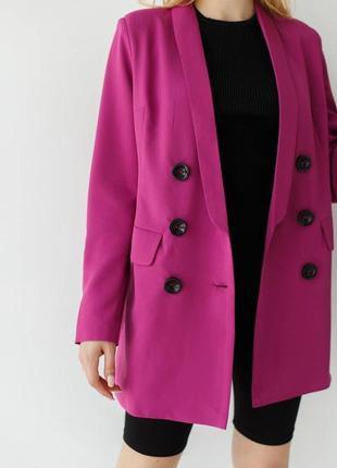 Пиджак удлинённый классический малиновый