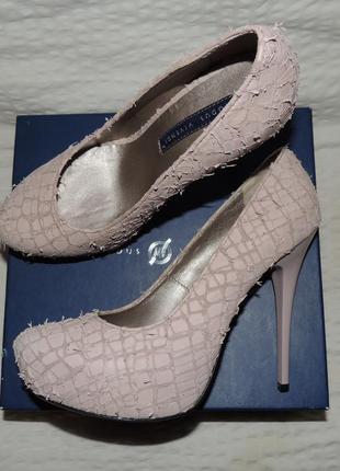 Шикарные туфли натуральная кожа от modus vivendi, 26 см