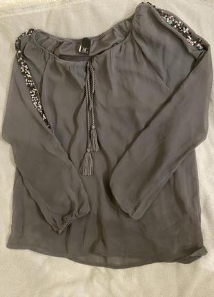 Антрацитовая блуза с паетками  best connection