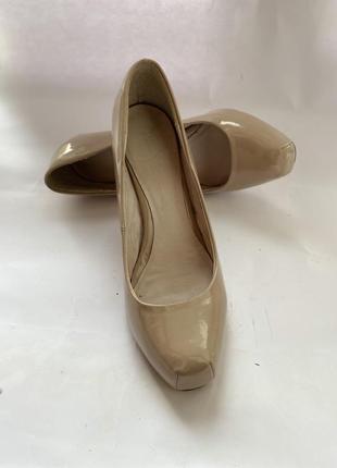 Туфлі next 39