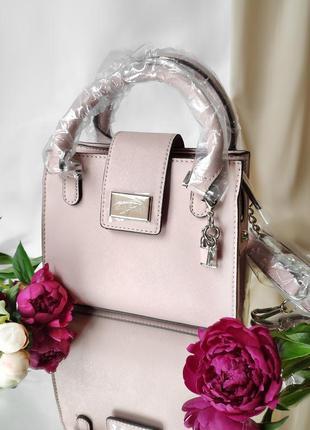 Шикарная сумка известного бренда