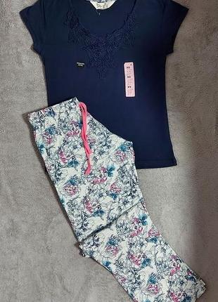 Пижама или костюм для дома, анг. 4 р. (евро 32 р.), скорее на низкий рост