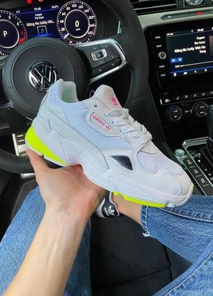 Adidas falcone white green шикарные женские кроссовки адидас фалкон белые
