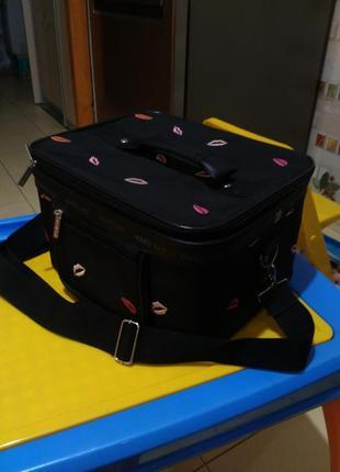 Бьюти-кейс/чемодан для косметики/сумка визажиста mary kay