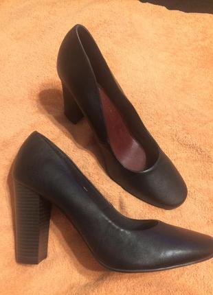 Marks & spencer m&s insolia чёрные туфли осенние 27-27,5 см