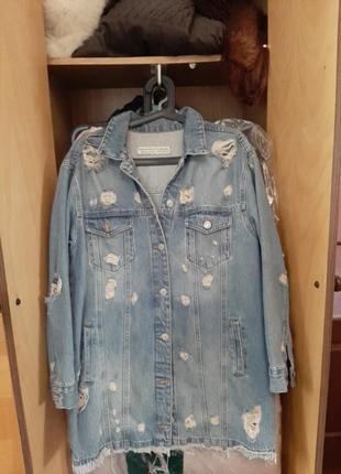 Красивый джинсовый пиджак c вышивкой